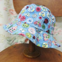 """""""funny dot CRAZY"""" vintage fabric Bucket Hat 〜BUTTON〜"""
