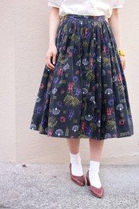 '50s Vintage Skirt 〜ブラック×カラフル×モンキー×孔雀〜