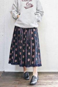 Vintage Skirt 〜チロル×ブラック×ダマスク〜