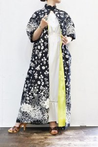 '70s Vintage Gown 〜モノトーン×フラワー×フレアスリーブ〜