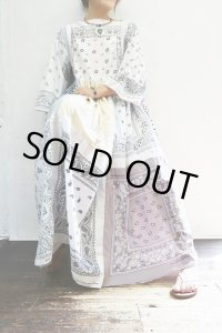 Vintage Dress 〜Amy Nina×バンダナパッチワーク×ホワイト&ペールトーン〜